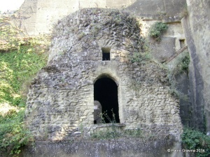 2. Napoli, Tomba di Virgilio.