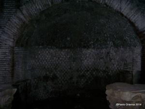 Foto 5: Pozzuoli, Anfiteatro Flavio, sotterranei, nicchia sulla parete meridionale dell'ingresso occidentale.-001