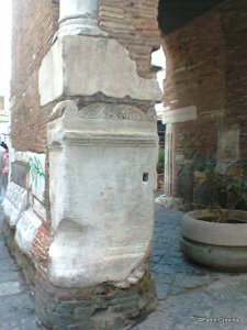 Photo 14:  Naples, church of Santa Maria della Pietrasanta, bell tower, Roman altar.